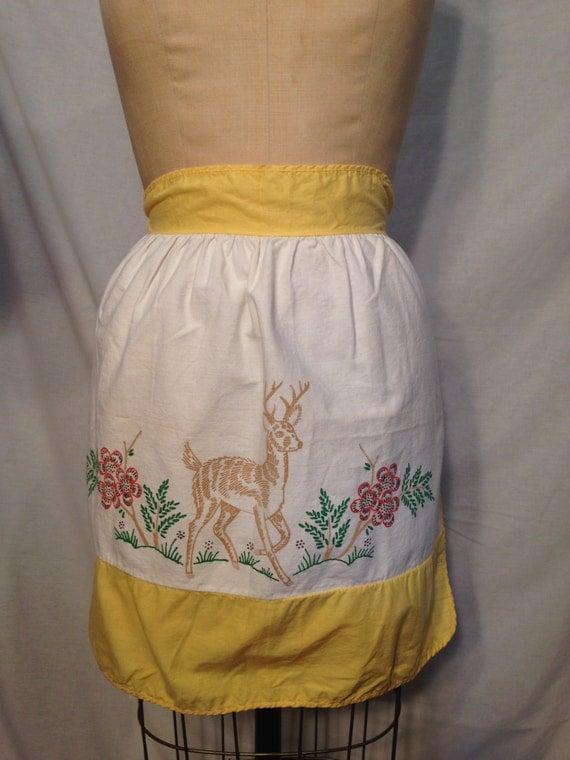 Vintage Deer Half Apron SM24
