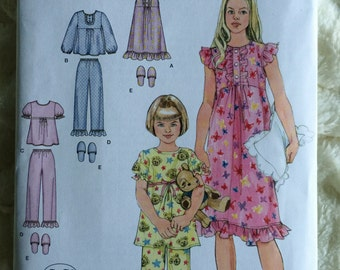 Simplicity Girls Pajamas Top Pants Gown Slippers Sewing Pattern 2831 UC FF Uncut Size 7 8 10 12 14