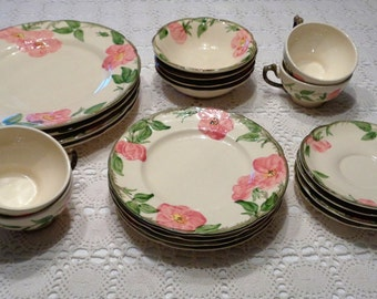 Beautiful 20 pc Set Franciscan Ware Desert Rose Service for 4
