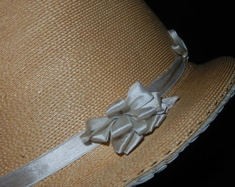Beautiful vintage child's straw cloche hat millinery 1920s young girl ribbon bows pleated silk