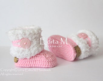 Crochet baby booties, baby shoes, baby girl shoes, pink, white, winter boots, baby shower gift, gift idea, fur baby shoes