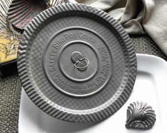 Antique French Bakery Rustic Embossed EKCO Patterned Print Tin Cooking Pan Cover or Trivet Professionally Clean and Ready To Use
