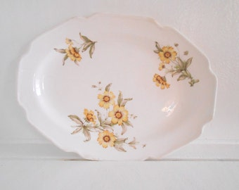 Vintage Platter Yellow Floral design / Cottage Chic / Granny Chic