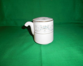 One (1) Porcelain Soy Dispenser, from Noritake, in the Noble 2600 Pattern.