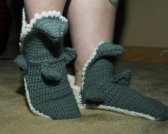 Men's crochet shark socks