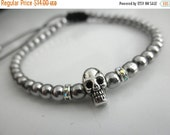 15%OFF Tiny skull bracelet with silver beads