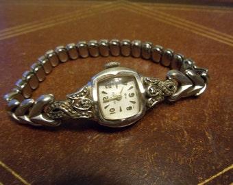 Vintage 17 Jewel Helbros Swiss 10 K - RGP Bezel Ladies Watch   (T)