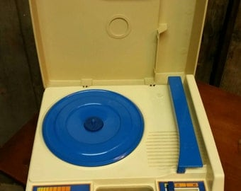 Working portable record player phonograph vintage 1970s Fisher-Price