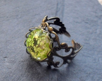 REAL FLOWER RING,  Victorian ring, green plant ring, Woodland ring, botanical ring flower ring, flower jewelry, real flowers, gardeners gift