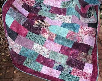 Quilt - Lap Quilt, Sofa Quilt, Quilted Throw - Hummingbird Batik Lap Quilt
