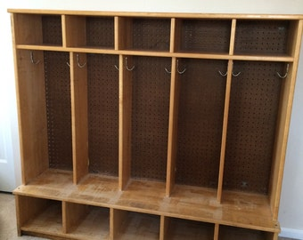 Wood Kids Cubby with Hooks