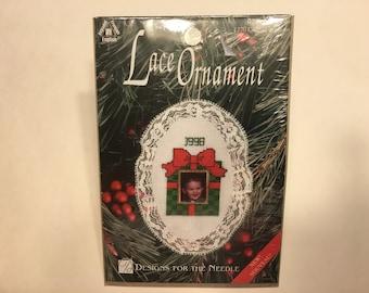 photo ornament cross stitch kit (HR22)