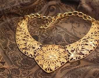 Avon Jose Maria Barrera Spanish Style Collection Gold Tone Necklace - Vintage 1989