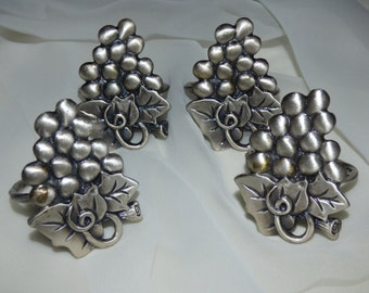 Four Solid Pewter Decorative Cluster Grapes Napkin Rings