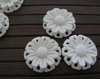 Hand carved  tropical flower, Buffalo Bone Carving, Jewelry making Supplies B6310