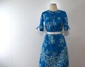 1950s - 1960s Vintage Hawaiian Dress SMALL Blue Hibiscus Flower Floral Print Cotton MuuMuu Waltah Clarkes Hawaiian Shop Cover Up Resort Wear