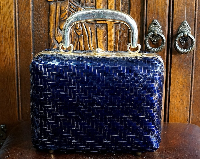 Blue Wicker Box Purse Lesco Lona 1960s Vintage Pocketbook Navy Blue Structured Mod Rectangular Bag Brass Handle Feet Hardware Made in Italy