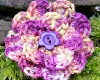 Crochet flower brooch, Handmade brooch, Flower brooch, Crochet flower pin, Purple flower brooch