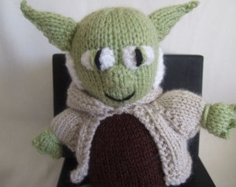 Yoda Star Wars Inspired Toy.  Hand knitted Yoda Toy. Suitable from birth. Baby shower gift. Star Wars Toy. Adult Toy, Childrens Toy