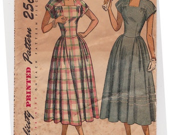 "40s Misses' Dress Vintage Sewing Pattern - Simplicity 2406 - Size 14, Bust 32"" Mostly Uncut"