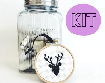 Stag Head Decoration Modern Cross Stitch Kit - easy chart design - Christmas xmas decoration tree bauble gift - beginners gift sewing kit