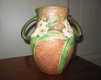 """Roseville Pottery Outstanding Jonquil Vase 8 1/4"""" in MINT CONDITION and Foil Label"""