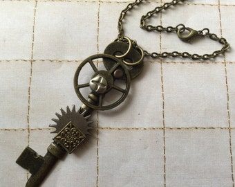 Skeleton Key Necklaces Mixed Metal Necklace Skeleton Key Wearable Art Necklace Free Shipping Steampunk