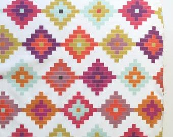 Crib Sheet in Moroccan Diamonds