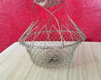Collapsible Wire Egg Basket