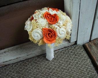 Burnt orange bridal bouquet | Fall bouquet | Sola bouquet | alternative bouquet | rustic bouquet | rustic wedding | keepsake bouquet