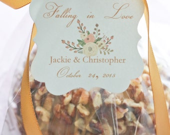 Wedding Favor Tags - Falling in Love - Fall Wedding Favor Tags - Fall Wedding Favors - Caramel Apple Favor Tags - set of 40