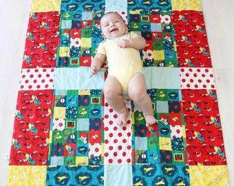 Good Night Moon: Organic Baby Quilt, Toddler Quilt, Modern Quilt, Baby Blanket, Organic Baby Bedding, Cows, Organic
