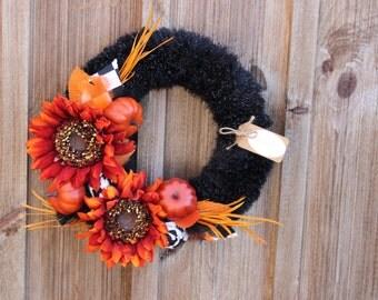 NEW/SALE/Fall Clearance/Fall Yarn Wreath/Sunflowers/Feathers/Furry/Fuzzy/Autumn/Thanksgiving/Halloween/12 Inch Wreath