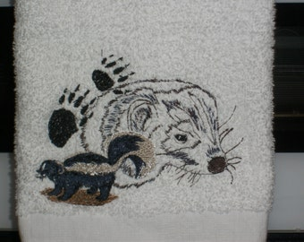 Skunk plush hand towel