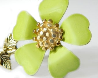Retro Lime Green Flower Brooch 1950s Mid Century Vintage Flower Power Collectible Jewelry For Women Retro Flower Pin