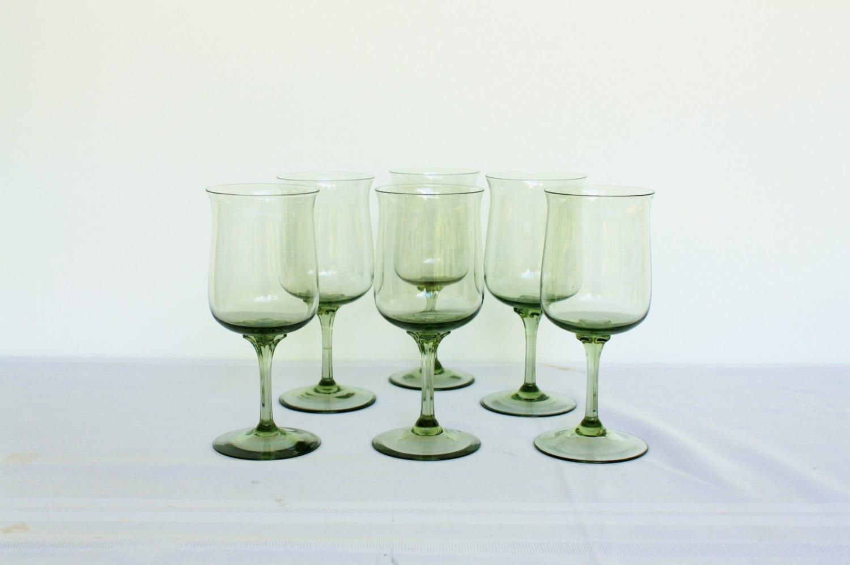 Lenox green mist water goblets crystal stemware christmas set for Holiday stemware