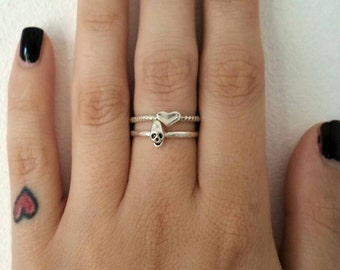 Silver Skull Ring // Skull Stacking Ring