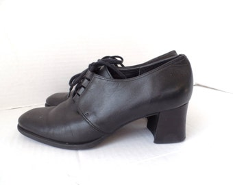 Vintage 80s Back Leather Lace-up Heels, Hillard and Hanson, oxford Heels, Lace up Pumps, Size 7