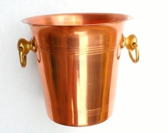 Vintage, copper Ice bucket Champagne  wine table decor