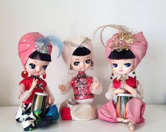 SALE- 3 Vintage Japanese Pose Doll, Folk style girls