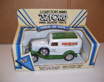 Vintage Ertl 1932 Ford Panel Winn Dixie Delivery Truck Diecast Metal Coin Piggy Bank 1988, 1/25 Scale, In Box
