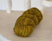 Merino Singles - Fingering Weight - Olive Grove - Suzy Parker Yarns - Superwash Merino Singles 100g 366meters/400 yards