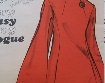 UNCUT and FF Pattern Pieces Vintage Vogue 7691 Sewing Pattern Size 12 One-Piece Dress 1960s