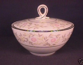 MT Mikasa Whittier pattern Covered Sugar Bowl
