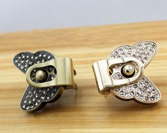 1pcs 3.9x3.2cm butterfly rhinestone bag lock Purse Twist Lock Closure Turn Lock Bag Twist Lock Bag Turn Lock clutch shoulder briefcase