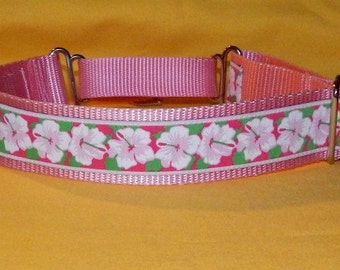 Pink Hibiscus collar