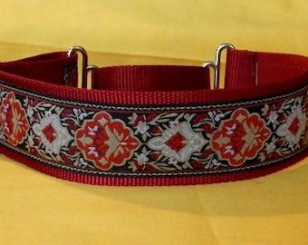 Large Red collar
