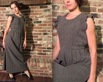 60s  demure, fem fatale, versatile, lambswool cloth, silky lined, inward pin-tuck bodice, dress, small