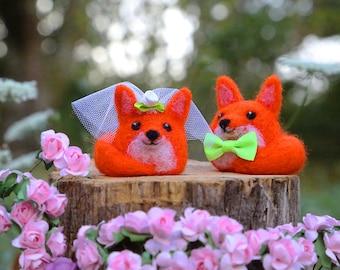 Fox Cake Topper, Bride and Groom, Wedding Cake Topper, Needle Felted Animal, Needle Felted Fox, Felt Cake Topper, Wedding Gift, Rustic