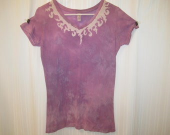 Fancy design hand-made batik t-shirt - Size Women's L